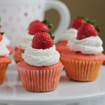 Strawberry Cupcakes for #CookForTheCure
