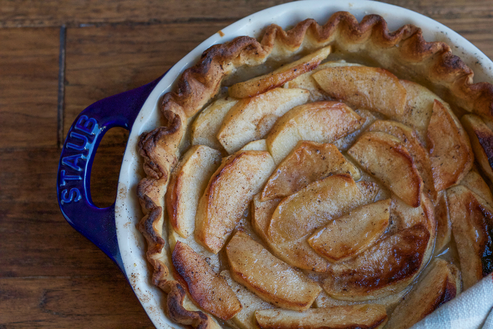 The perfect balance of sweet and tart, using two kinds of apples and a hint of cinnamon, this Brown Butter Apple Tart is elegant and delicious. This tart would make a great addition to your Thanksgiving Day dessert table!