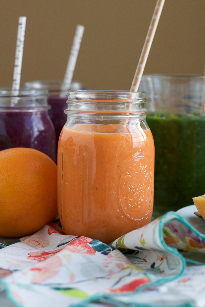 Healthy Breakfast Smoothies! Start off your day right with these Carrot Pineapple Smoothies! A refreshing, delicious, quick and easy way to start your day!