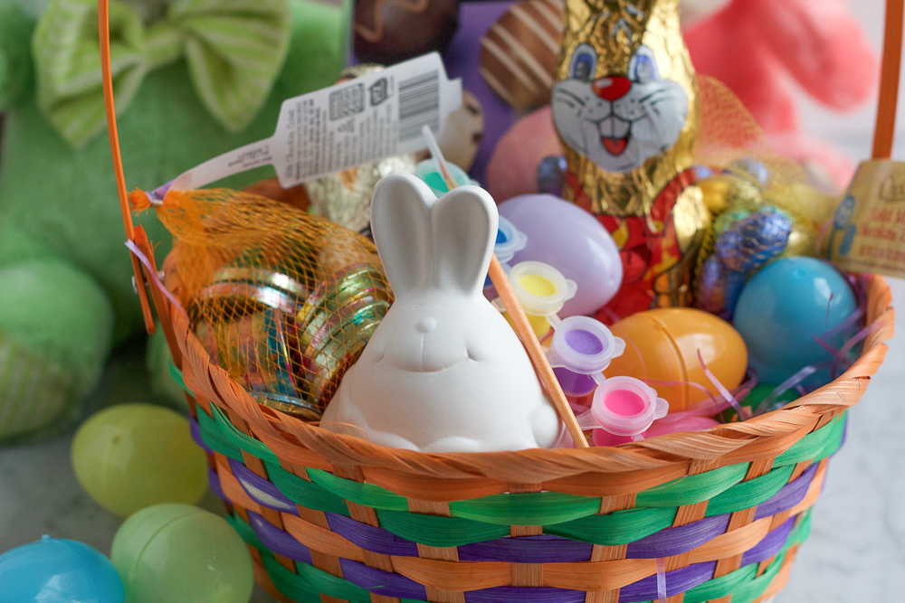 Easter Basket of Goodies! Pick up all of your Easter essentials at your local ALDI and everything you need to make some great Easter baskets. These are great for kids of all ages!