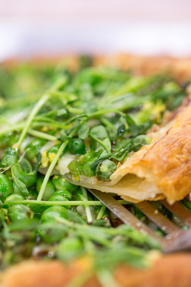 TODAY Show: TODAY Food Club member Alice Choi whips up a simple asparagus gruyere tart that is perfect for spring. -- April 25, 2016