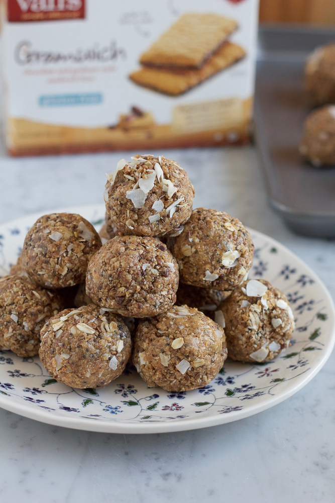 Protein Rich Energy Bites packed with a combination of almond butter and peanut butter, chia seeds, flaxseeds and more! So easy to make and great for snacking, you have to give this recipe a try!