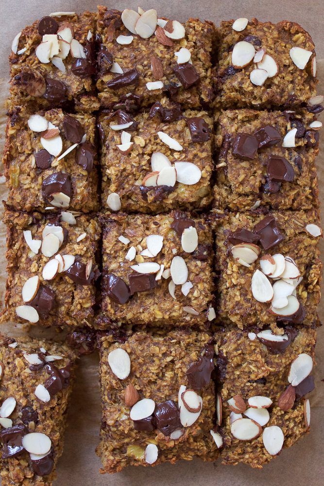 Pumpkin Flax Chocolate Breakfast Bars! The perfect fall, healthy sweet treat to make for your friends and family!
