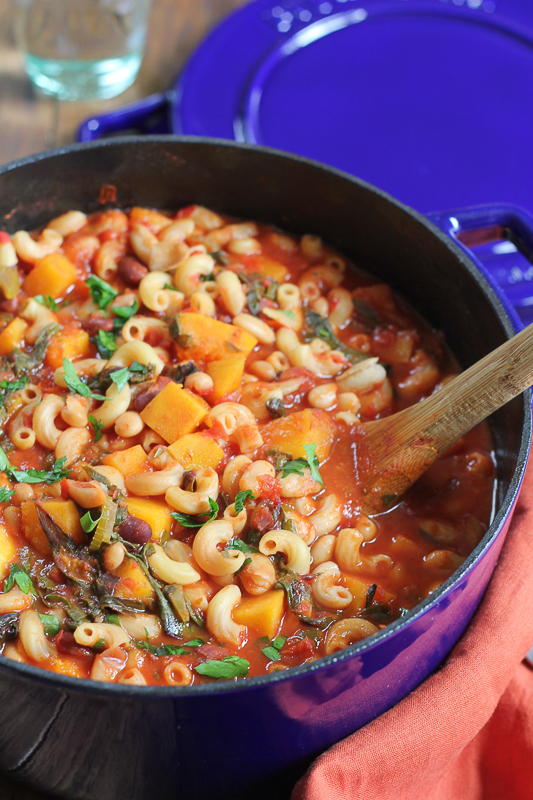 Healthy Weekly Meal Plan 9.24.16! A healthy weekly meal plan featuring Butternut Squash and Bacon Macaroni and Cheese, Skillet Fajita Chicken and Rice, my Vegetarian Pasta e Fagioli and more!