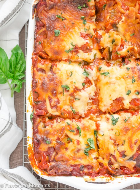 Healthy Weekly Meal Plan 10.15.16! Fall is here in full swing! A healthy weekly meal plan featuring Ratatouille Lasagna, Creamy Sundried Tomato and Chicken Pasta, Roasted Autumn Squash Soup, Whole Grain Pasta with White Beans and Tomatoes and more!