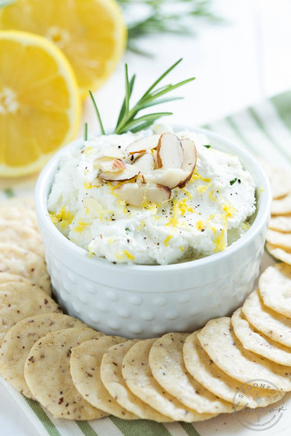 Healthy Weekly Meal Plan 12.24.16! Holiday appetizer and side dish ideas including a Brie, Fig Jam, and Serrano Ham Crostini, Kale and Artichoke Dip, Lemon Rosemary Whipped Goat Cheese and more!
