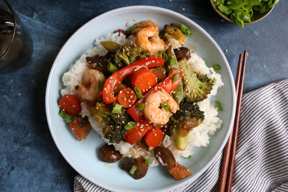 plate of chicken and shrimp stir fry