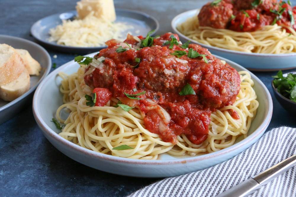 Slow Cooker Spaghetti and Meatballs