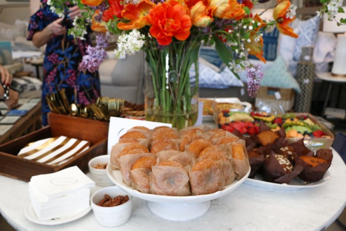 Brunch at The Home Market in Madison, Wisconsin! Featuring some of the BEST bakeries, businesses and shops in town! Dough Baby Bakery, Bloom Bake Shop, Jack and Ella Paper and Buttercup Beauty to name a few!