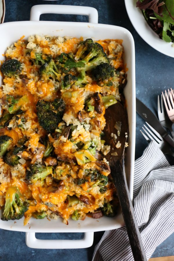 White Cheddar Broccoli Rice Casserole! Make this hassle-free, delicious and filling casserole. It's so easy to make and baked to perfection!