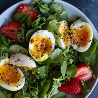 Simple Salad with Soft Boiled Eggs! Sometimes, you just need something light, fresh and packed with protein. This simple salad is absolutely delicious!