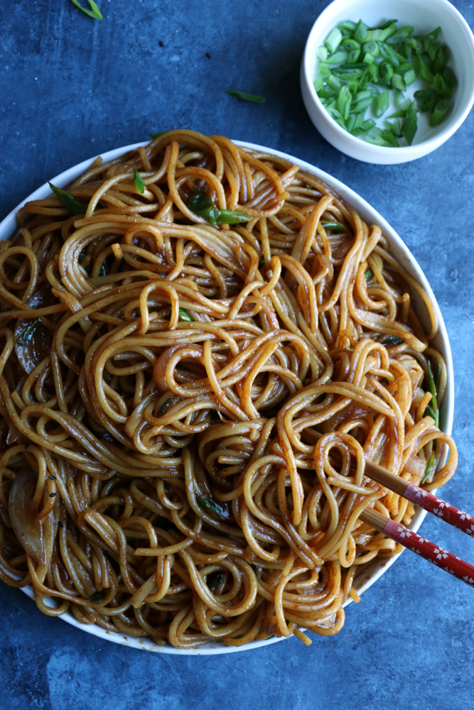homemade veggie Lo Mein in serving bowl