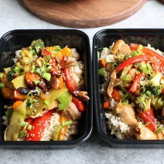 Chicken and Broccoli Stir Fry in meal prep containers