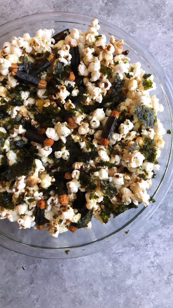 A popular, delicious and addicting Hawaiian snack, Hurricane Popcorn is popcorn with furikake and nori maki arare rice crackers.