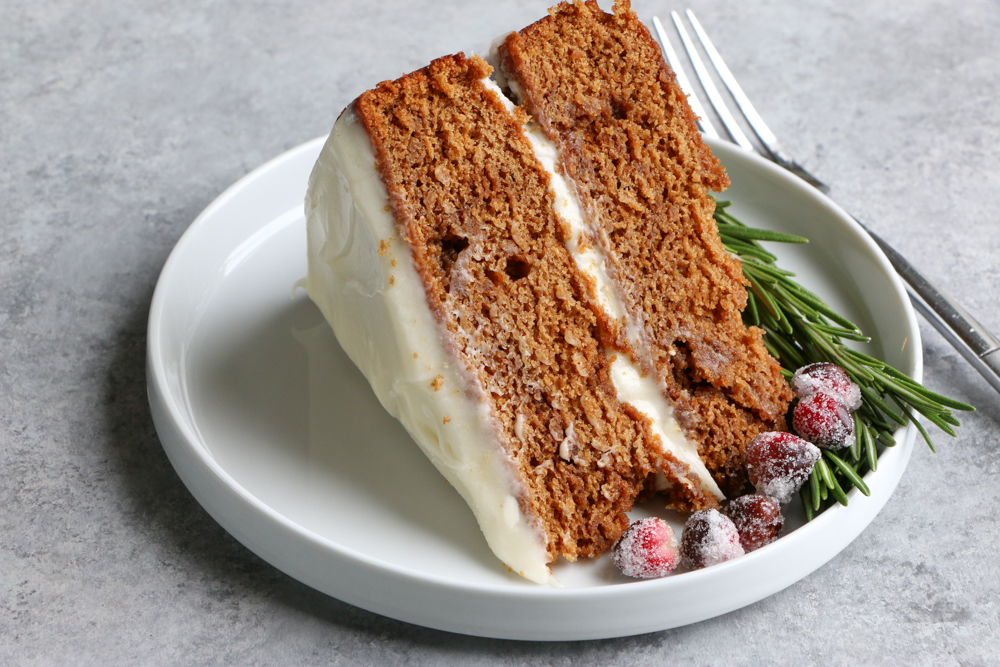 Holiday Gingerbread Layer Cake! This gingerbread layer cake with cinnamon cream cheese frosting is simply perfect for Christmas celebrations.