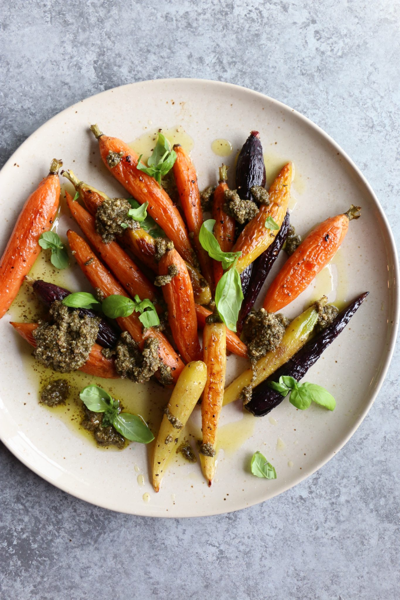 Simple Lunch: Roasted Carrots with Pesto! You don't need to do anything fancy to have a delicious meal. See my post for my best tips!