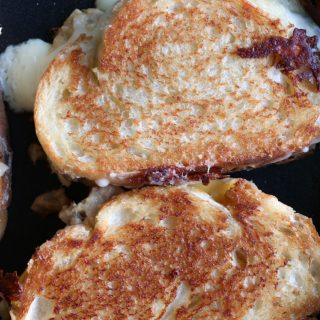 How To Make A Tuna Melt. So easy to make and delicious. This has been a staple for me and my family since staying at home.