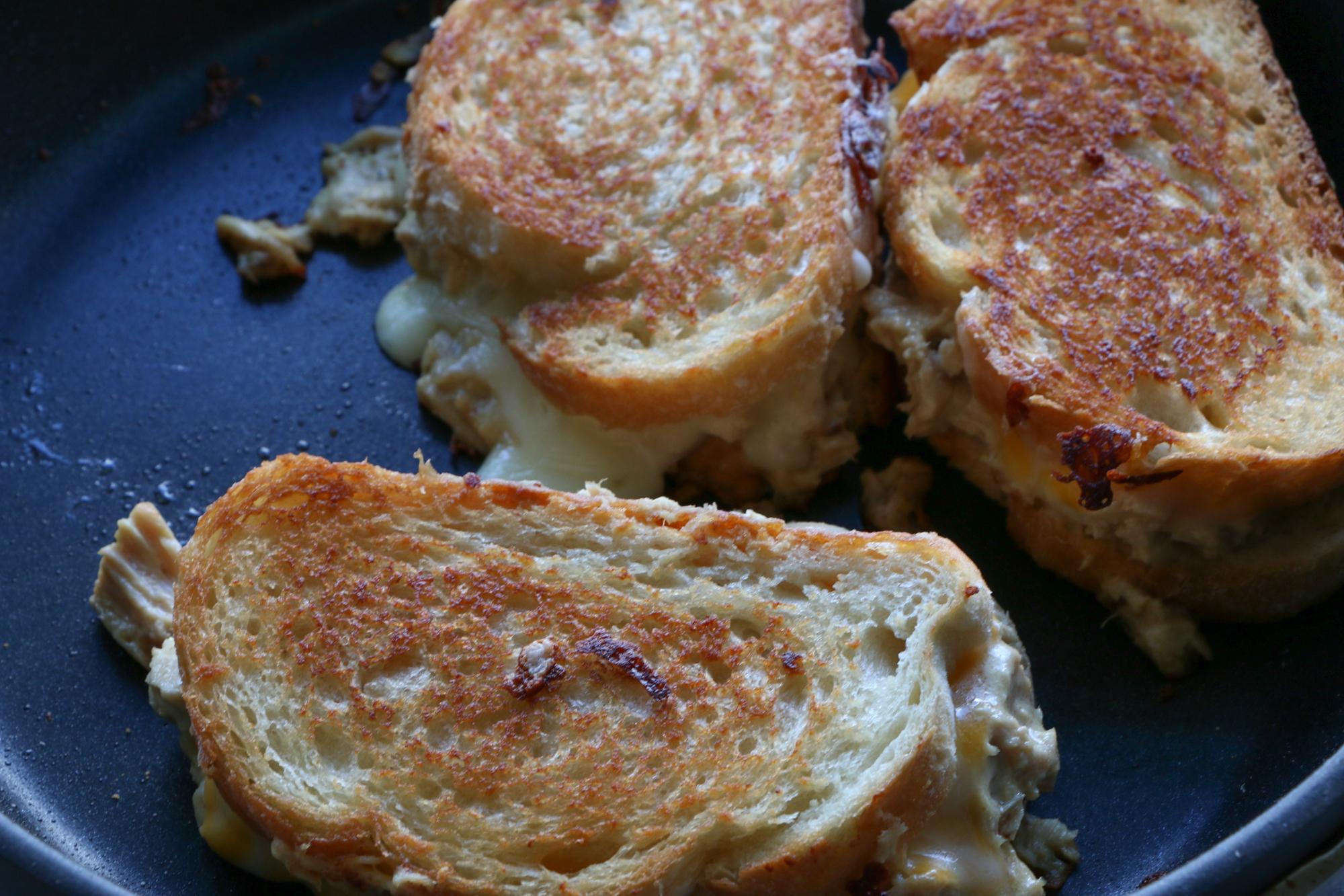 Simple Lunch Idea, Tuna melt sandwiches