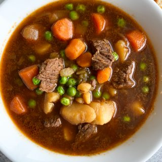 Instant Pot Beef Stew. Hearty, filling and oh so delicious. If you have an instant pot, you need to make this recipe!