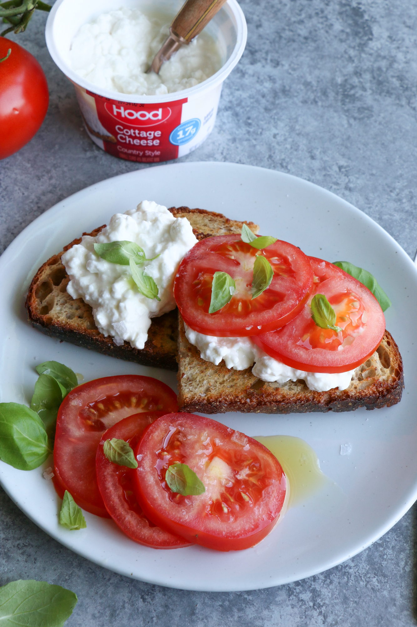 Delicious Cottage Cheese Toasts