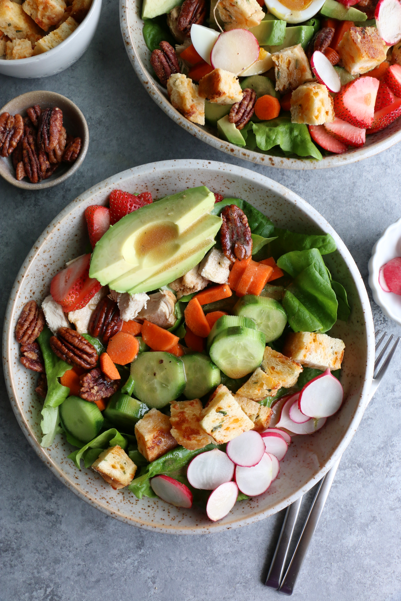 salad with biscuit croutons