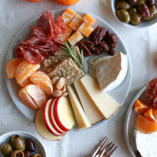 Individual Cheese Snack Plates for the holidays! Put together individual, customized cheese snack plates for your family!