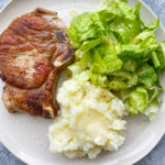 How To Cook Pork Chops On The Stove. I'm showing you a delicious and super easy brine recipe and how to pan fry your pork chops.
