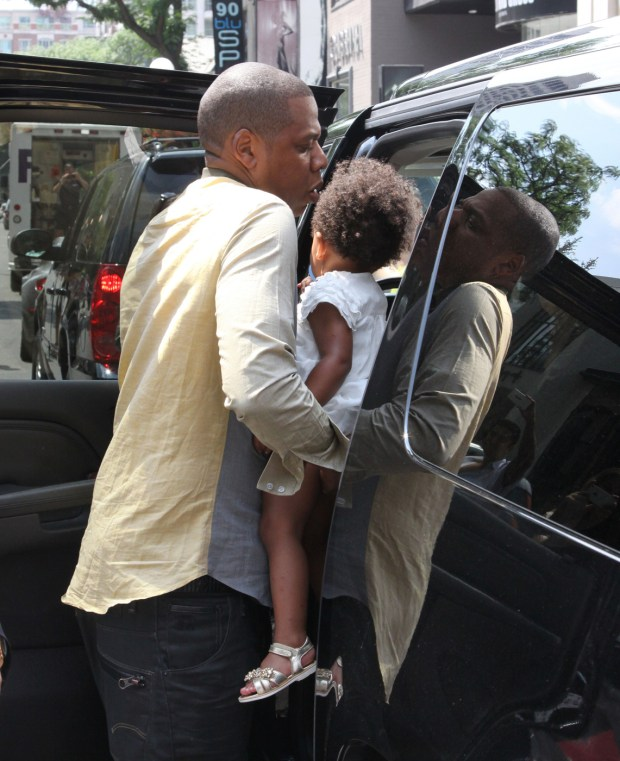 HAPPY FAMILY! Jay Z takes wife Beyonce and daughter Blue Ivy to lunch at Cafe Nervosa in Toronto