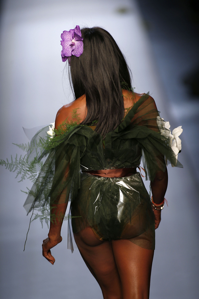 Naomi Campbell on the runway at the Jean Paul Gaultier fashion show Haute Couture for Spring/Summer 2015/2016