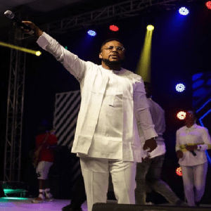 Tim Godfrey – Miracles Everywhere | New Song