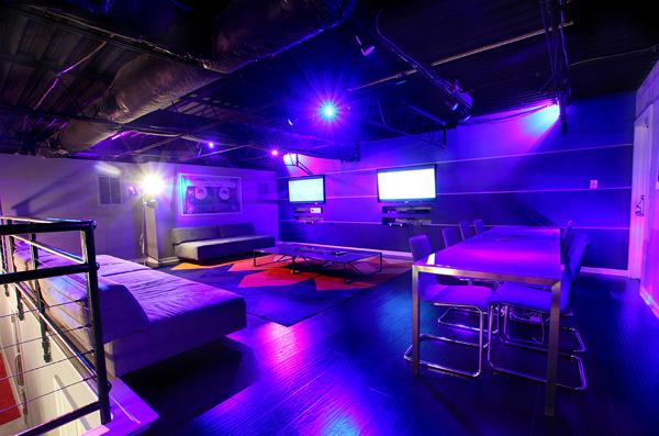 Street Execs Studios - No Stress Lounge