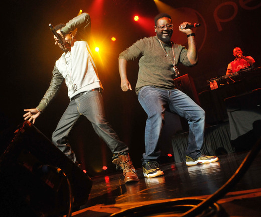 T-Pain performing 2_1