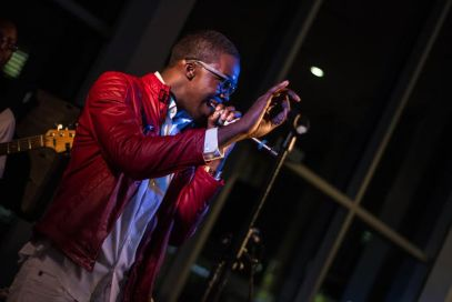 "Reneard Using his Falsetto for a High Note During his Live Performance at the ""Confessions of A Virgo"" Album Release Party at Audi Atlanta"