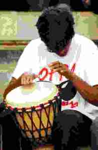 drummer-playing-with-hands
