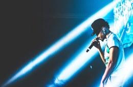 """Le rappeur de Chicago a dévoilé, à son tour, un remix du néo-tube de Future, """"Mask Off"""", qu'il a nommé """"Drunk Mask Off""""."""