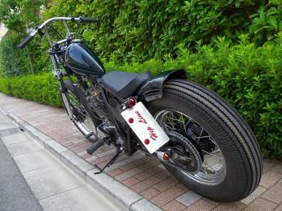 HIPLINE Yamaha SR400