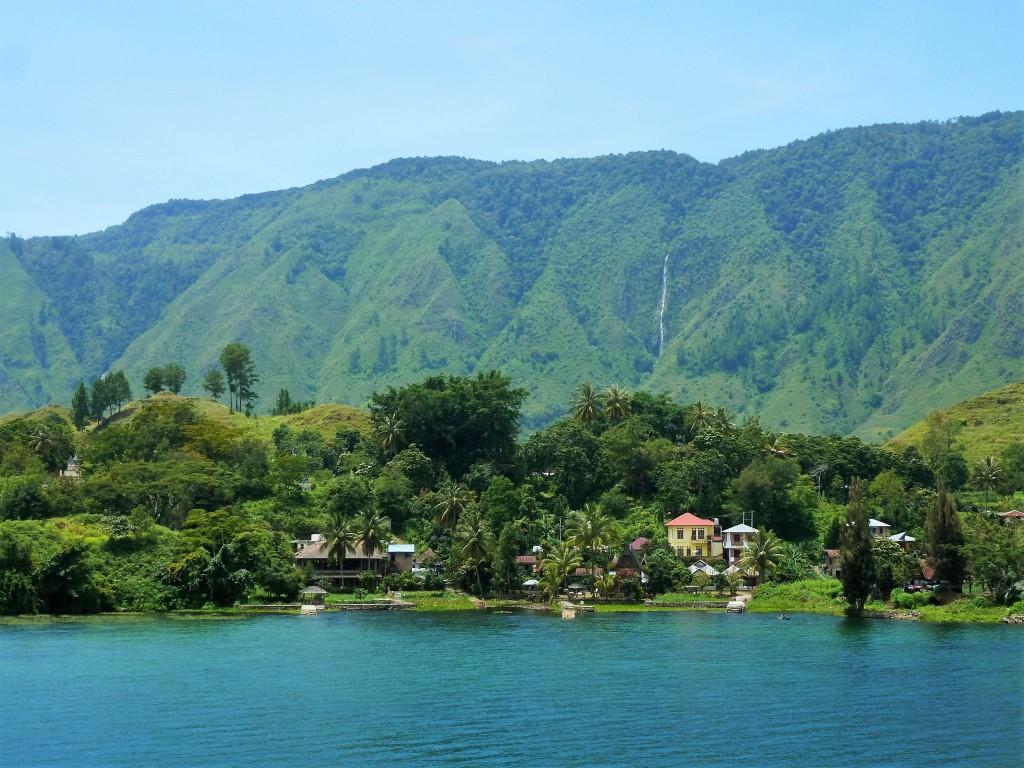 Lake-Toba-Sumatra