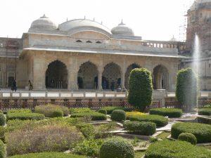paleizen in India