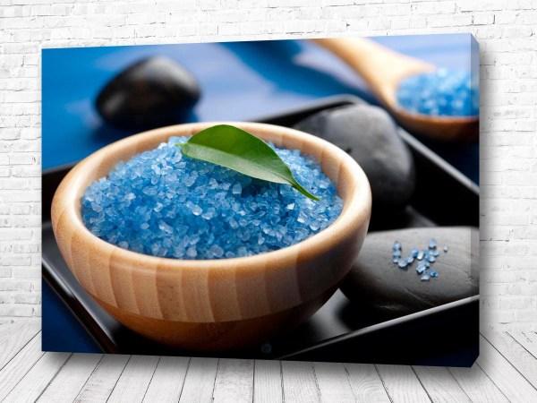 Постер Морская соль в чашке