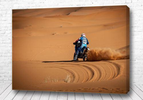 Постер Гонки в песках