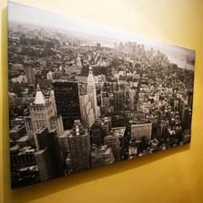 Картина города в комнату