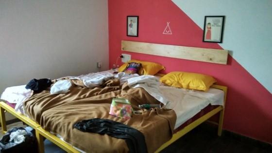 happy camper private room