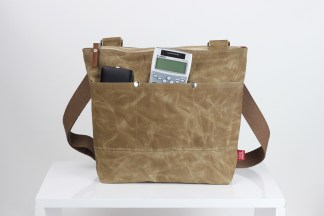 Camel Color Waxed Tote Bag from hippirhino