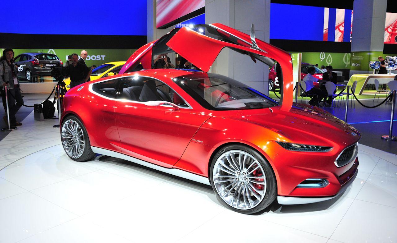 Ford Evos Concept Photos And Info News Car And Driver