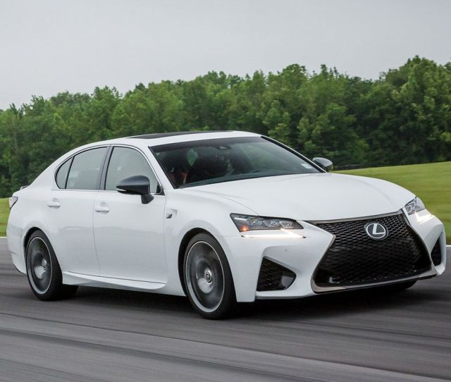 Lexus Gs F Reviews Lexus Gs F Price Photos And Specs Car And Driver