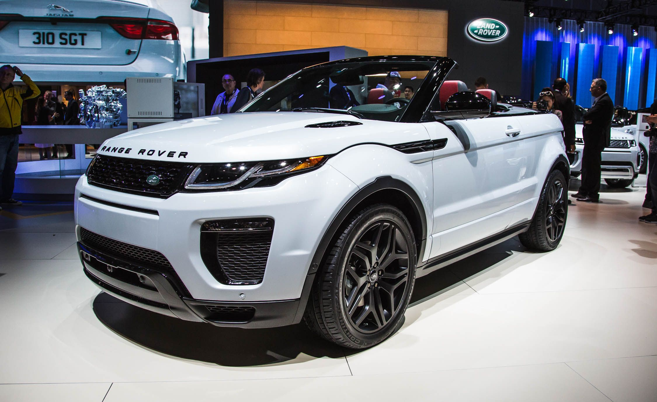 2017 Land Rover Range Rover Evoque Convertible s and Info