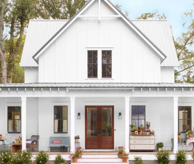 Nestled In A Historic Georgia Neighborhood This New Build Farmhouse Offers Up Age Old Appeal And One Peach Of A Front Porch
