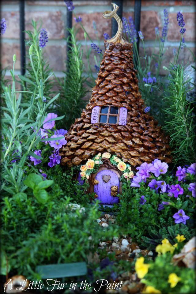 Fairy Garden Ideas: Pinecone Fairy House