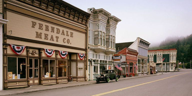 15 Of The Quirkiest Small Towns In America Small
