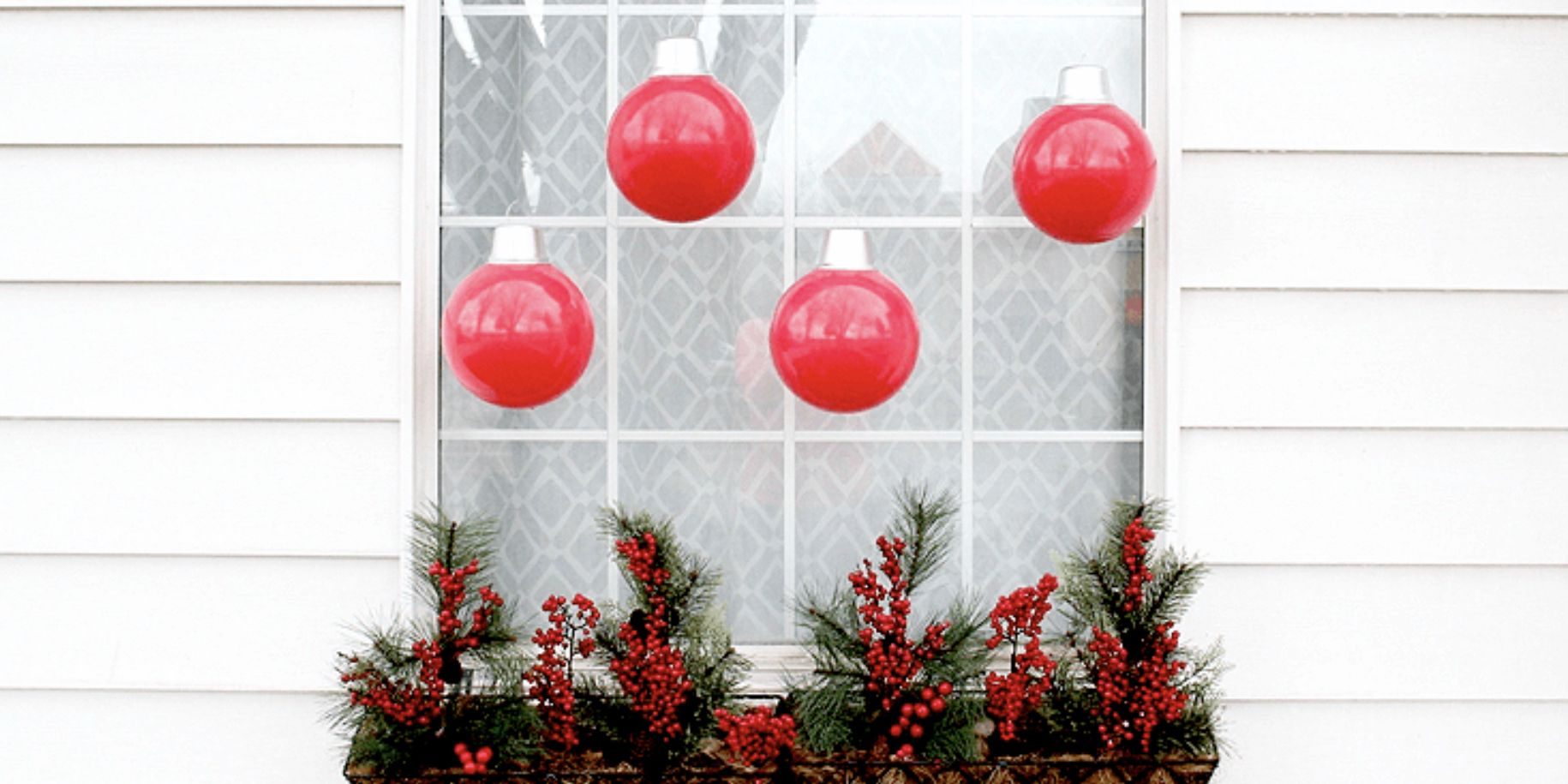 55 Best Outdoor Christmas Decorations DIY Outside Christmas Porch Decorations